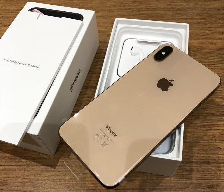 Apple iPhone XS 64GB prezzo 400 EUR  ,iPhone XS Max 64GB prezzo 430 EUR ,iPhone X 64GB prezzo 300 EUR,Apple iPhone XR 64GB prezzo 350 Euro  Whatsapp Chat : +27837724253